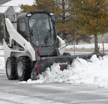 SnowEx oscillating mount for skid steers
