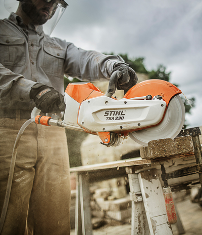 Stihl TS230 Li-ion powered saw