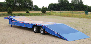 Towmaster hydraulic tail trailer